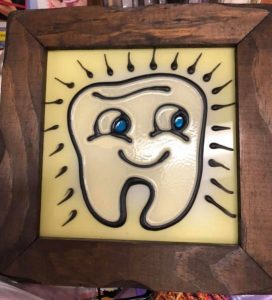 picture of happy tooth